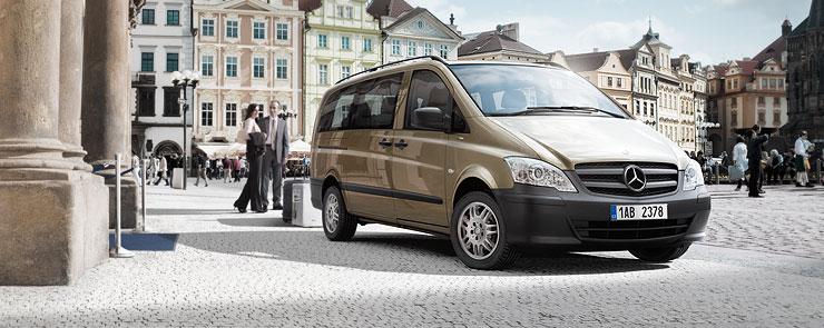 Mercedes-Vito-luxus-minibusz-kolcsonzes